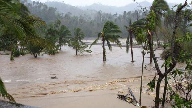 """Филиппины готовятся к возможным наводнениям из-за тайфуна """"Суригаэ"""""""