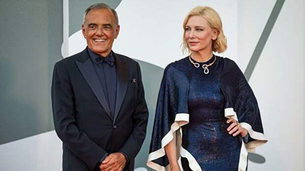 Директор Венецианского международного кинофестиваля Альберто Барбера и председатель жюри 77-го Венецианского международного кинофестиваля, австралийская актриса Кейт Бланшетт