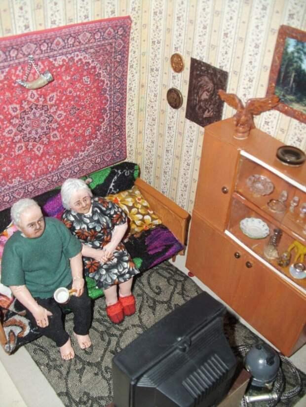 """""""Пожилые люди"""" Ирины Верхградской"""