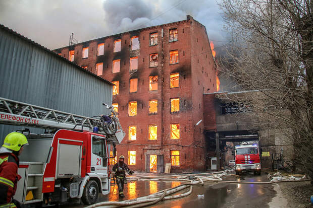 Собственники «Невской мануфактуры» игнорировали пожарные предписания