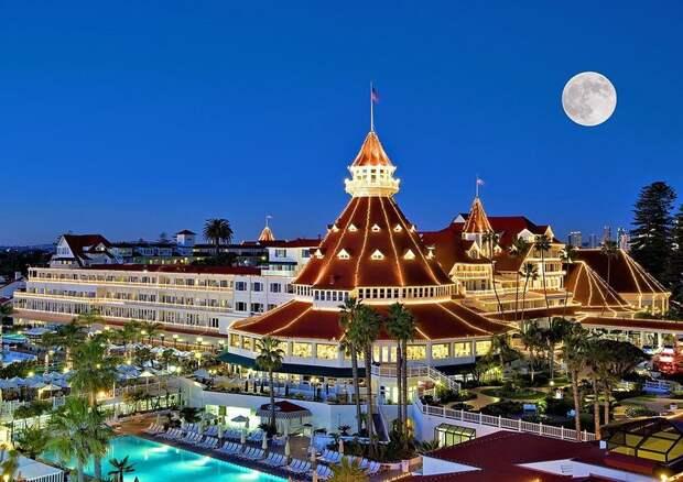 отель с привидениями фото
