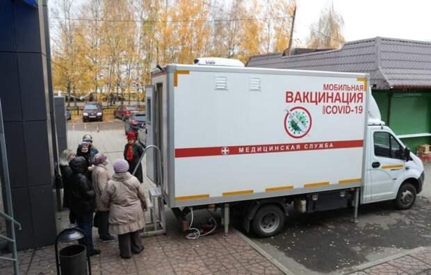 Первый день работы мобильных пунктов вакцинации в Тверской области прошел почти при полной загрузке