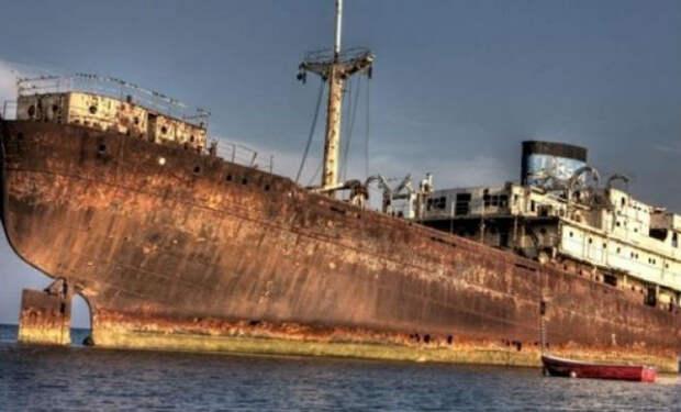 Корабль пропал 90 лет назад: появился снова в Бермудском треугольнике