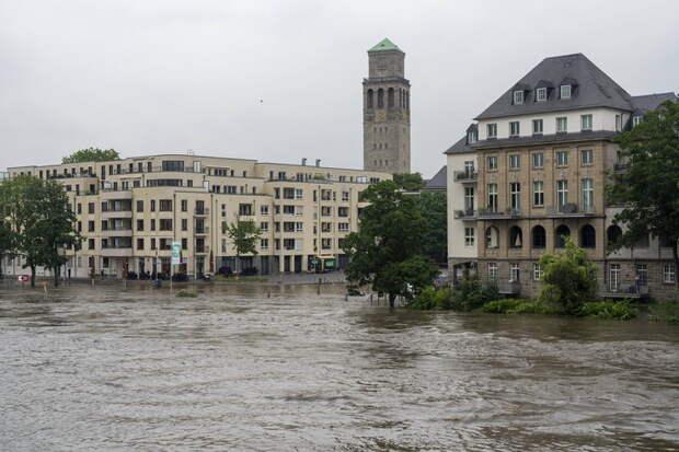 Просто у них нет своего Шойгу: В наводнении в Германии пропали без вести 1300 немцев