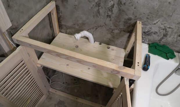 Практичный, бюджетный и стильный шкафчик в ванную практически за копейки