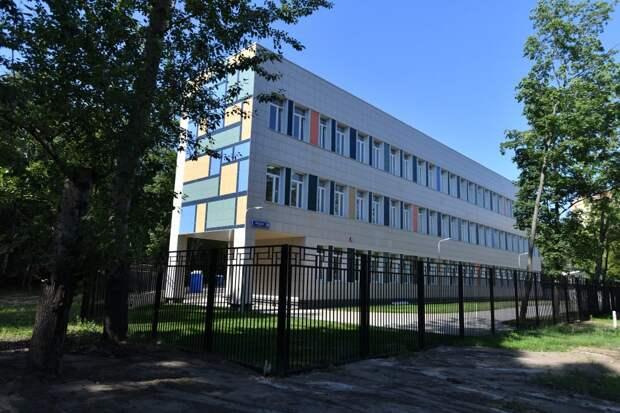 В Кузьминках достроили дополнительный корпус школы №825