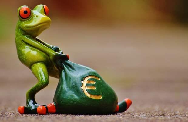 Евро победил доллар в глобальных платежах по системе SWIFT