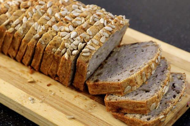 Фото к рецепту: Безглютеновый хлеб