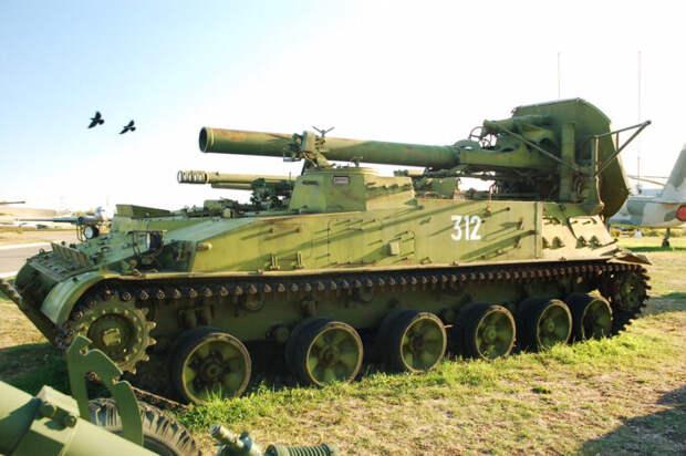 ВС РФ начали переброску вКрым тяжёлого вооружения