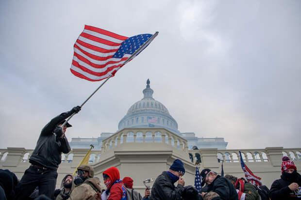 «Я вижу такую перспективу»: эксперт о возможной гражданской войне в США