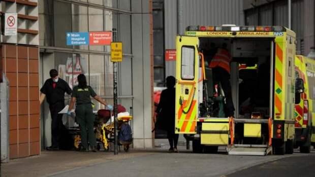 Смертность от коронавируса в Англии и Уэльсе достигла максимума за три месяца