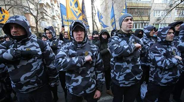 Украинские нацики вербуют боевиков для отправки в Белоруссию