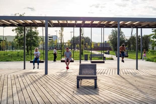 Игровые площадки для взрослых вернут москвичей в детство
