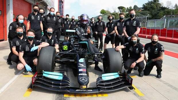 Mercedes впервые протестировала 18-дюймовые шины. Фото