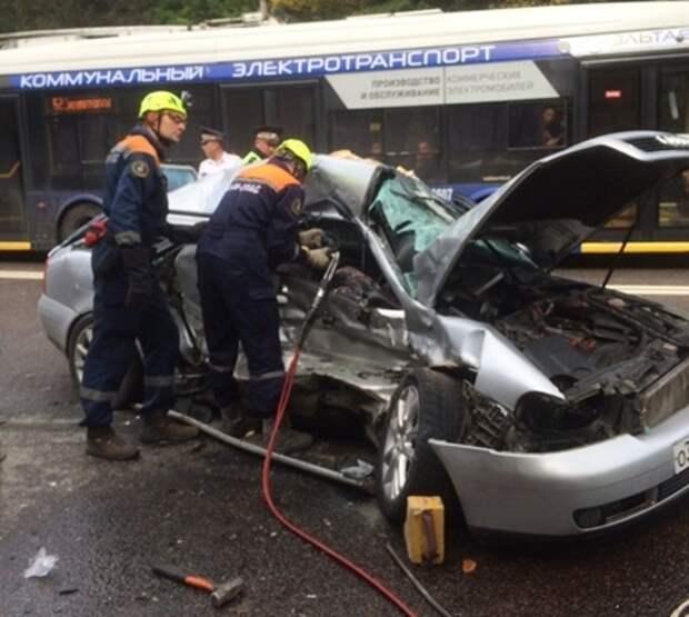 Один человек погиб в ДТП под Симферополем