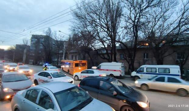 ВРостове назвали причины аварии сгородским автобусом