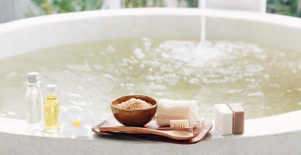 3 рецепта детокс-ванны, которые обязательно нужно попробовать   Журнал  Harper's Bazaar