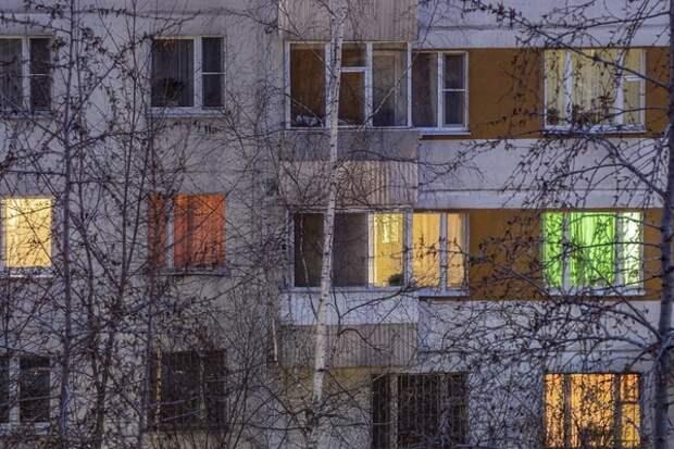 В Таганроге  жертвами москитной сетки стали сразу два малыша