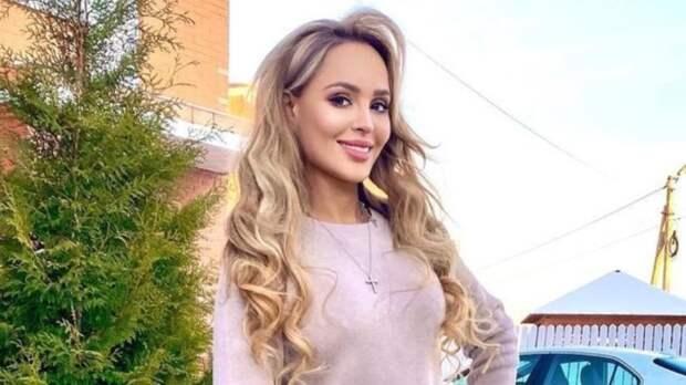Анна Калашникова потребовала 16 млн рублей от психолога, который «разрушил ее жизнь»