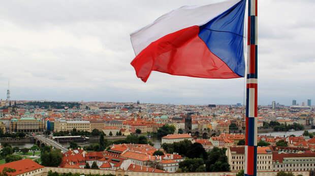 """""""Обескровленные посольства"""": чем обернется для Чехии массовая высылка дипломатов России"""