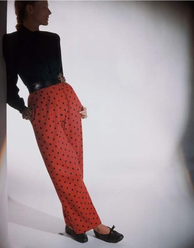 Фото Константина Йоффе, журнал  Vogue 1943 года.