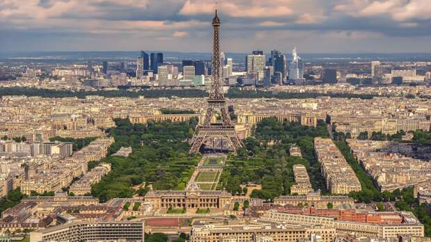 https://trojantravel.usc.edu/wp-content/uploads/2017/10/eiffel-tower-2000717_1920.jpg