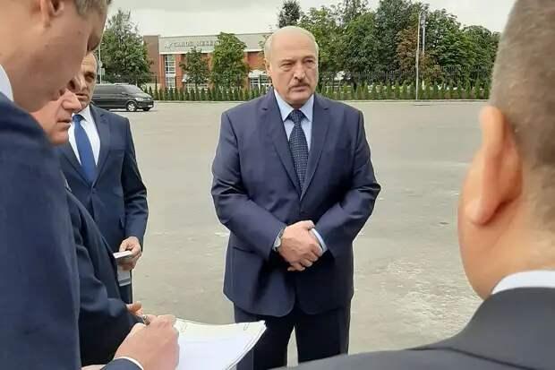 Евросоюз решил не вводить санкции против Лукашенко