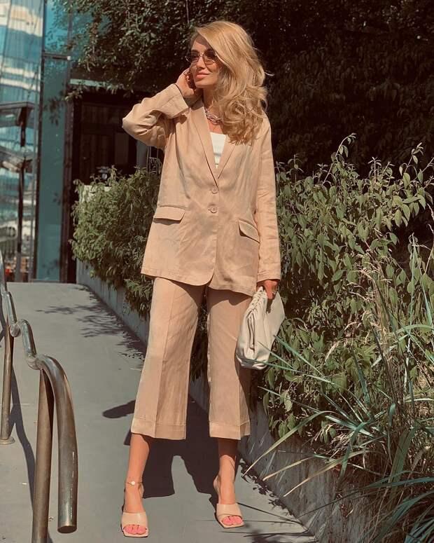 Модные женские костюмы 2021: идеи, которые помогут определиться с выбором