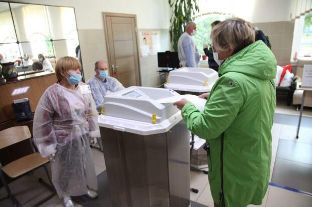 Выборы в СВАО. Фото: Роман Балаев