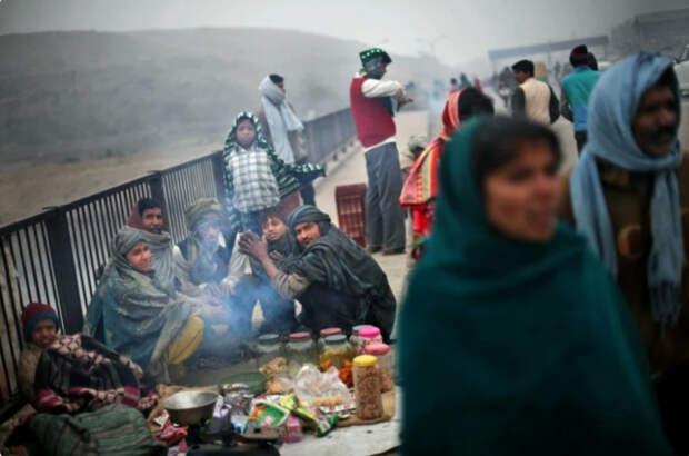 Сибирские морозы ушли в Индию! Морозы в стране где нет отопления, это нечто