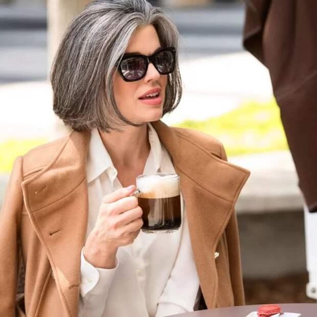 Возрастной стиль: что заставляет женщину выглядеть старше своего возраста