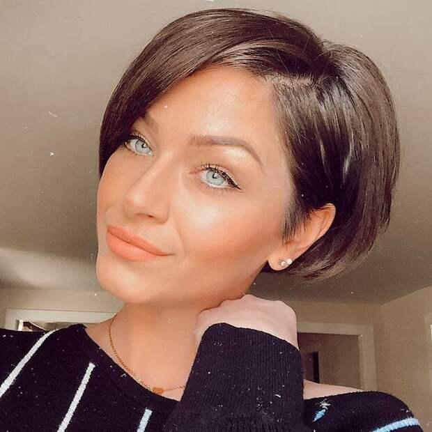 13 причесок на короткие волосы 2021, которые позволят выглядеть свежо и молодо