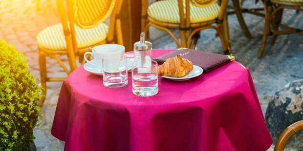 Ресторанам в Чехии разрешили обслуживать клиентов на террасах