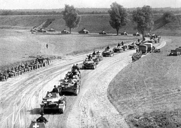 """""""Странная война"""". Почему Англия и Франция предали Польшу"""