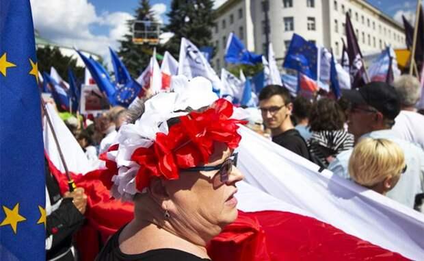 Радоваться ли России, что Европа затыкает Польше рот