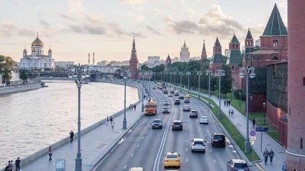 Биолог связала заболеваемость COVID-19 в России с погодой