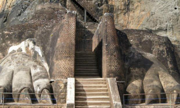 Ловушки в пирамидах: система защиты древних строителей