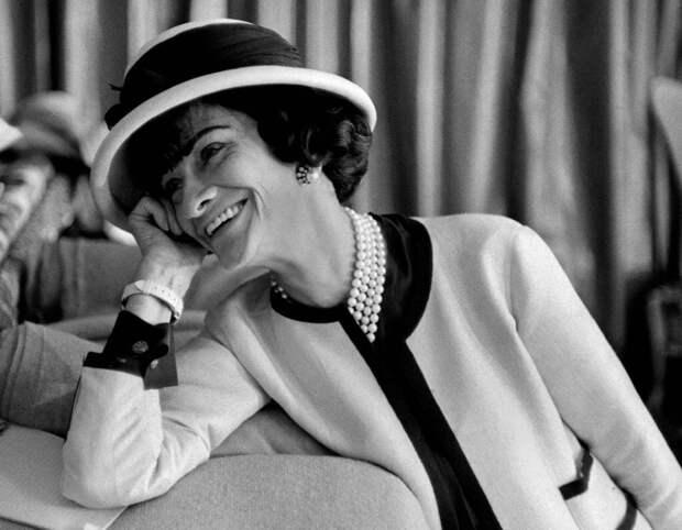 Икона стиля Коко Шанель: чем уникальна эта женщина
