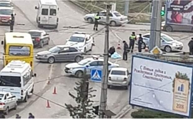 Страшная авария в Севастополе: труп мужчины несколько часов лежал на дороге (ФОТО)