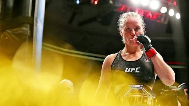 Чемпионка UFC Шевченко традиционно станцевала лезгинку после очередной защиты титула