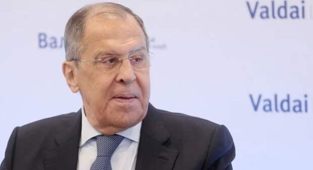 Лавров: «Мы не хотим сидеть с НАТО и слушать там про Украину»