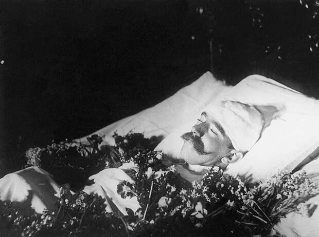 Майерлингская трагедия: любовь и смерть кронпринца Рудольфа и баронессы Марии
