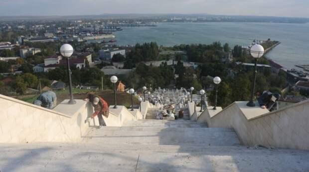 Стала известная дата открытия Митридатских лестниц в Керчи