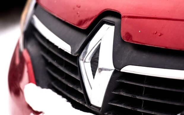 Renault отзывает в России Логаны и Сандеро