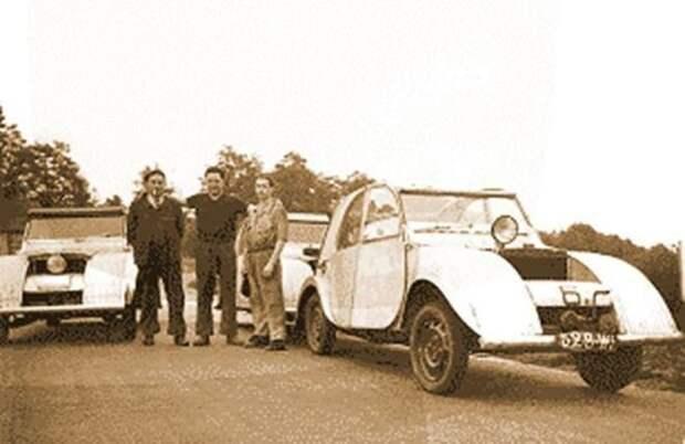 Первые прототипы будущего бестселлера выглядели мягко говоря ужасающе… Citroen 2CV, citroen, авто, автомобили, олдтаймер, ретро авто, францкзкий авто
