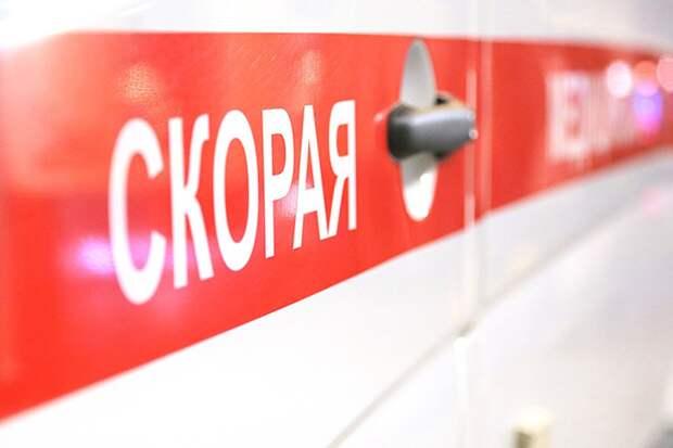 «Бежал к подъезду»: восьмилетнего ребенка сбила машина во дворе дома в Новой Москве