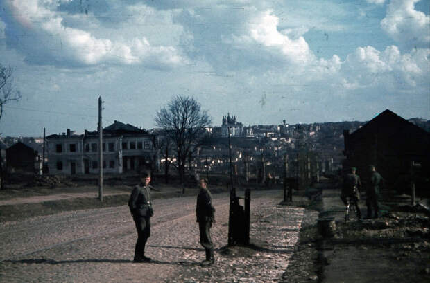 1941. Улица 12 лет Октября