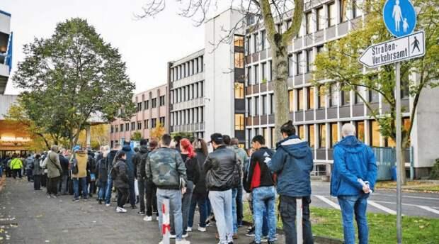 Германия – страна очередей: ради чего немцы готовы стоять часами?