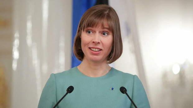Эстония просит. Нет она требует восстановления транзита. Только надо ли это России?