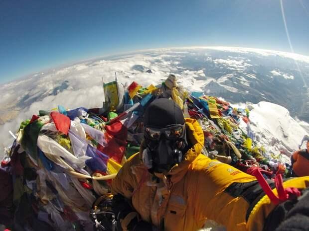 Пугающие снимки с горы Эверест